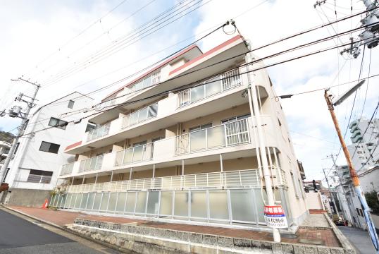 物件番号: 1025884165 999セルフィーユ諏訪山  神戸市中央区中山手通4丁目 2DK マンション 間取り図