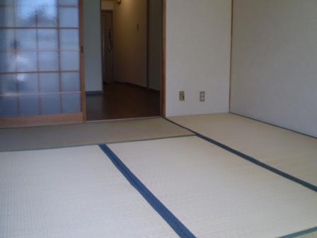 物件番号: 1025844581 サンハイツ元町  神戸市中央区北長狭通4丁目 1DK マンション 画像3
