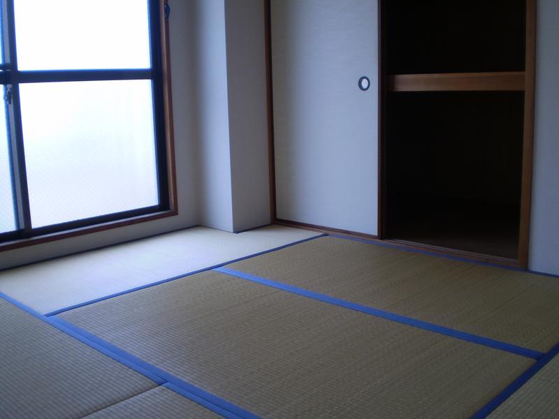物件番号: 1025825236 ポスト花隈  神戸市中央区花隈町 2DK マンション 画像2