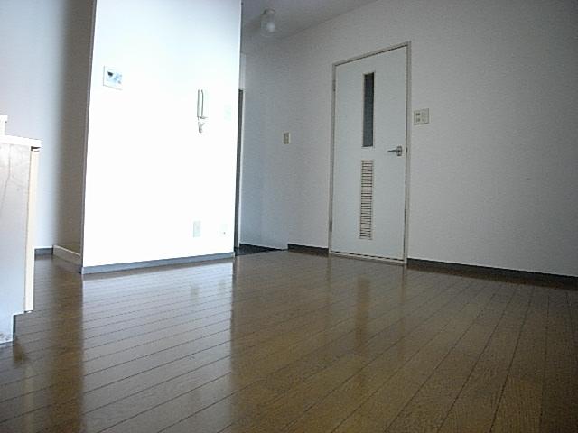 物件番号: 1025883396 信成ハイツ  神戸市兵庫区本町1丁目 2DK マンション 画像4