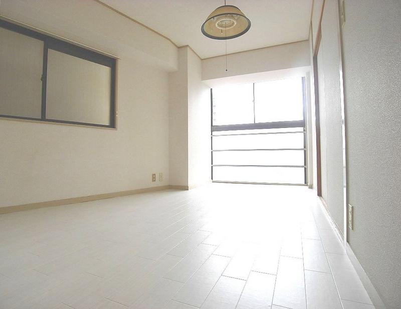 物件番号: 1025866213 グレイスハイツ新神戸  神戸市中央区布引町2丁目 2LDK マンション 画像3