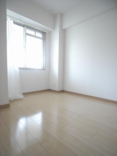 物件番号: 1025854361 ジュエリー山手  神戸市中央区下山手通7丁目 3LDK マンション 画像5