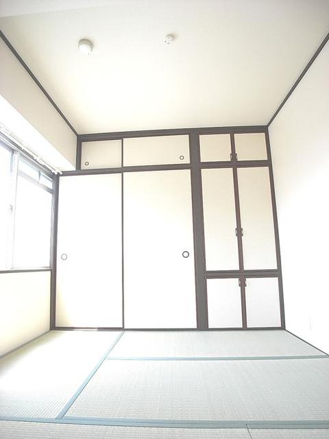 物件番号: 1025854361 ジュエリー山手  神戸市中央区下山手通7丁目 3LDK マンション 画像6