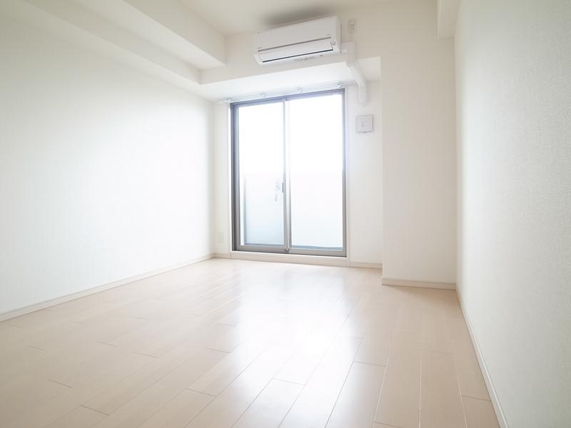 物件番号: 1025860614 アドバンス三宮Ⅵクレスト  神戸市中央区八雲通6丁目 1K マンション 画像1