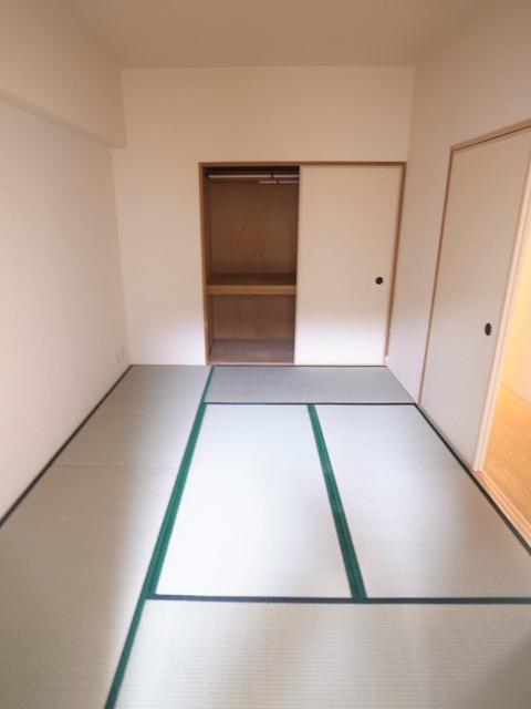 物件番号: 1025866159 朝日プラザ新神戸  神戸市中央区生田町1丁目 3LDK マンション 画像8