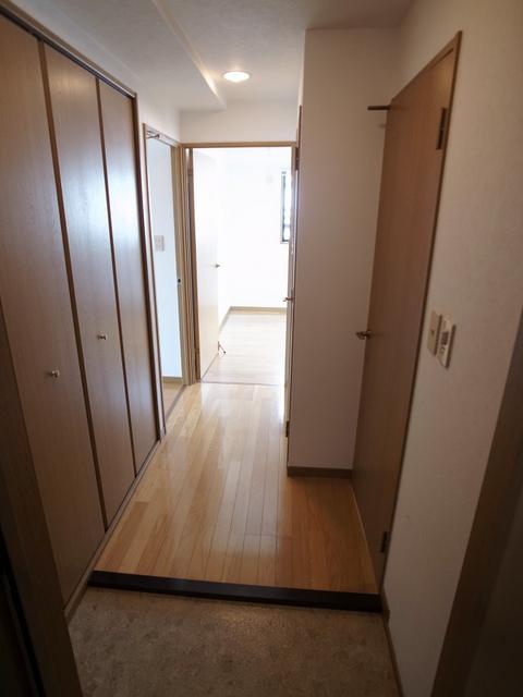 物件番号: 1025883990 リブコート中山手通  神戸市中央区中山手通4丁目 2LDK マンション 画像9