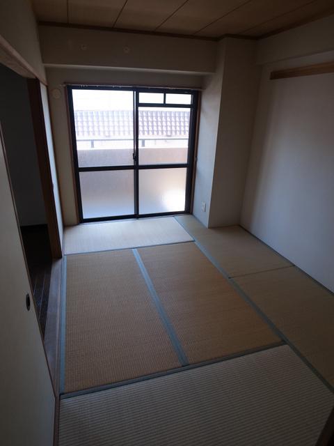 物件番号: 1025881305 メゾン・ドュウ  神戸市中央区中山手通2丁目 2LDK マンション 画像4