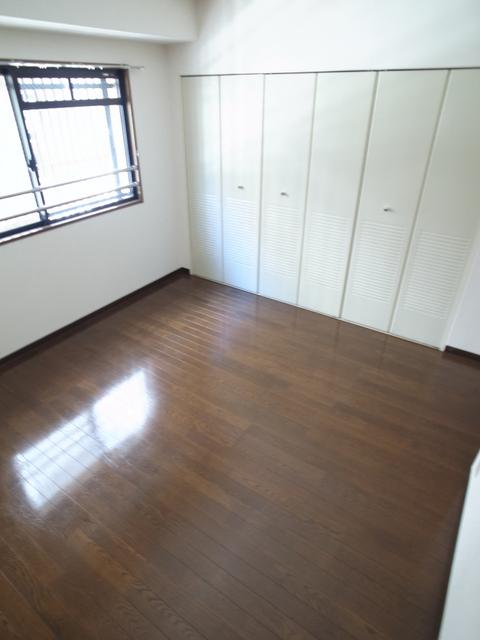 物件番号: 1025882540 メゾン・ドュウ  神戸市中央区中山手通2丁目 2LDK マンション 画像6