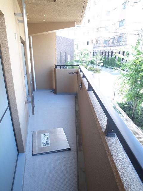 物件番号: 1025882540 メゾン・ドュウ  神戸市中央区中山手通2丁目 2LDK マンション 画像17