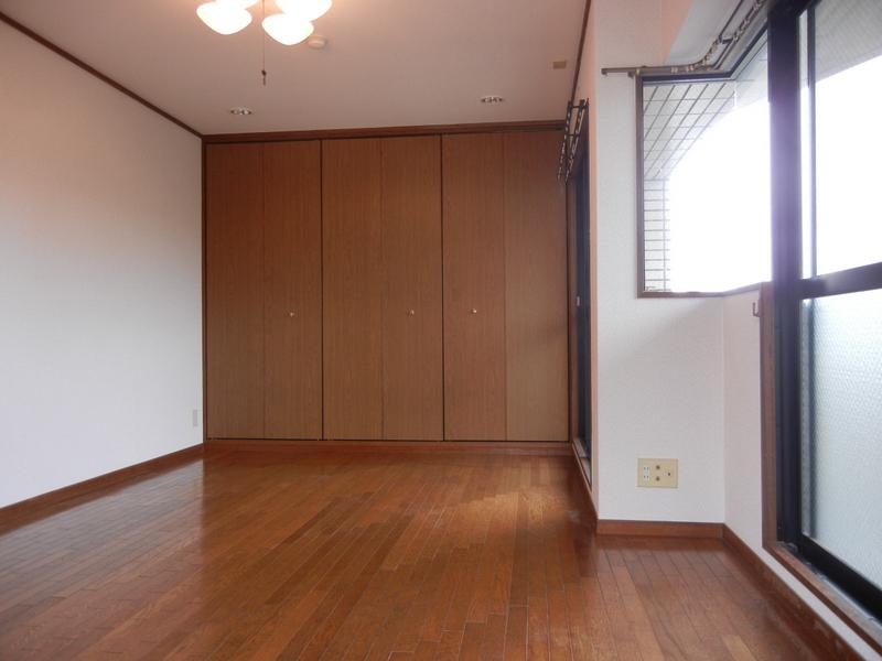 物件番号: 1025853357 サンヴェール青谷  神戸市灘区赤坂通8丁目 3LDK マンション 画像3