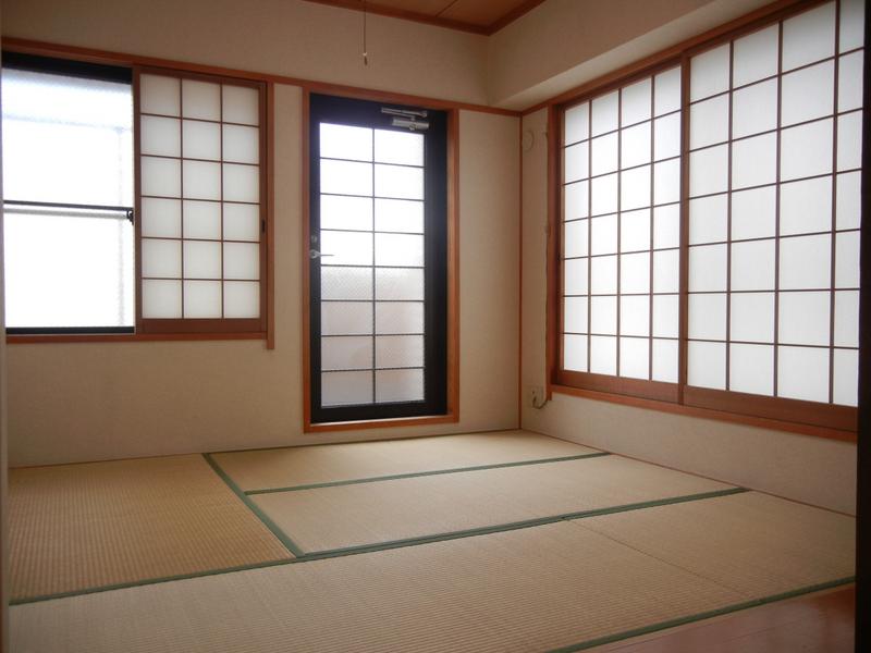 物件番号: 1025853357 サンヴェール青谷  神戸市灘区赤坂通8丁目 3LDK マンション 画像4