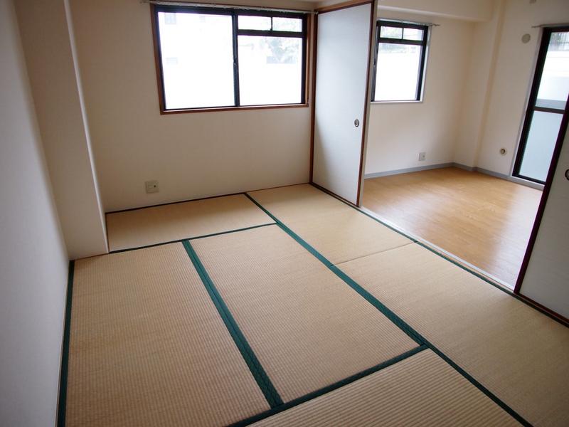 物件番号: 1025875426 アルシェ21  神戸市東灘区田中町3丁目 2LDK マンション 画像4