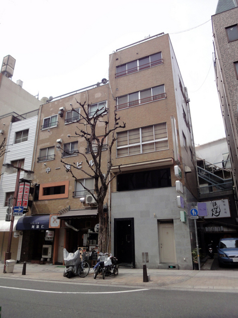 物件番号: 1025875485 中一東ビル  神戸市中央区中山手通1丁目 3DK マンション 画像2