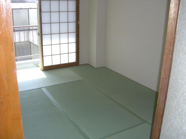 物件番号: 1025835423 古家マンション  神戸市中央区山本通1丁目 3LDK マンション 画像2