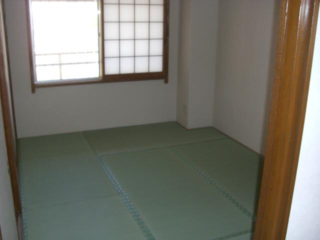 物件番号: 1025835425 古家マンション  神戸市中央区山本通1丁目 3LDK マンション 画像1