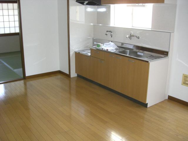 物件番号: 1025835425 古家マンション  神戸市中央区山本通1丁目 3LDK マンション 画像2
