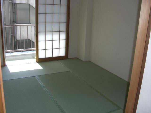 物件番号: 1025835425 古家マンション  神戸市中央区山本通1丁目 3LDK マンション 画像3