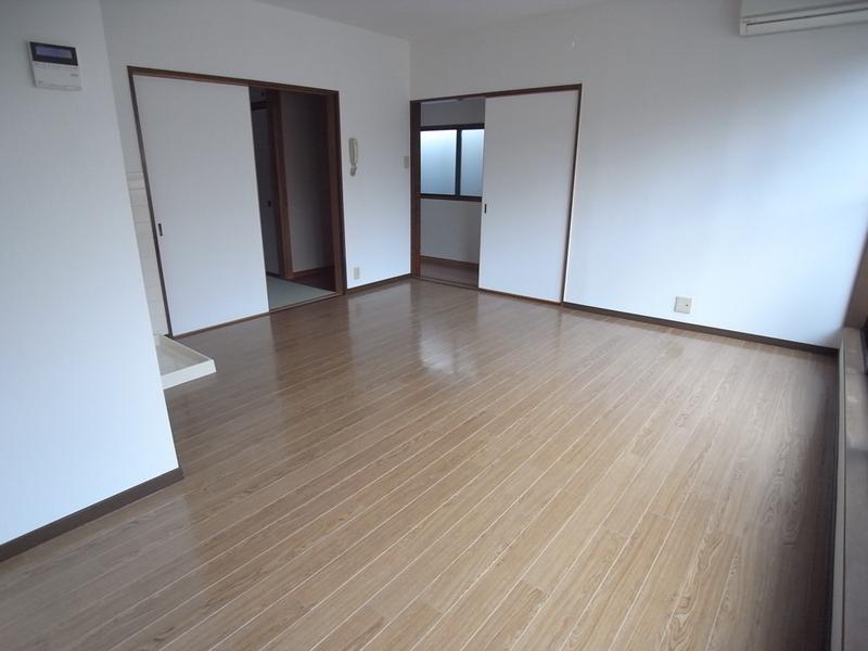 物件番号: 1025800293 ニュー宮西  神戸市中央区二宮町1丁目 1LDK アパート 画像2
