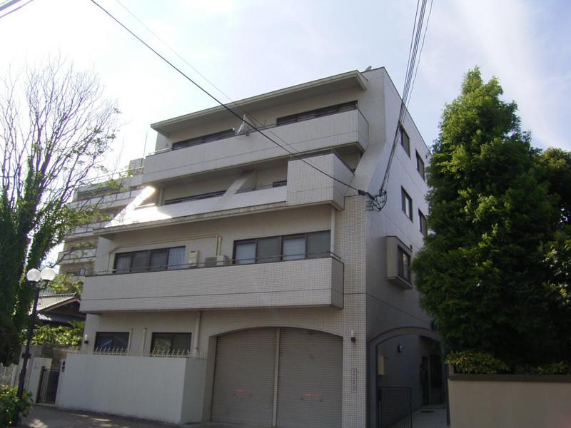 物件番号: 1025842417 マローネンバウム  神戸市中央区中山手通6丁目 2LDK マンション 外観画像