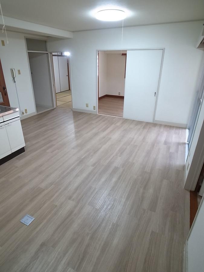 物件番号: 1025802806 エイコースカイハイツ  神戸市中央区中山手通2丁目 3LDK マンション 画像30
