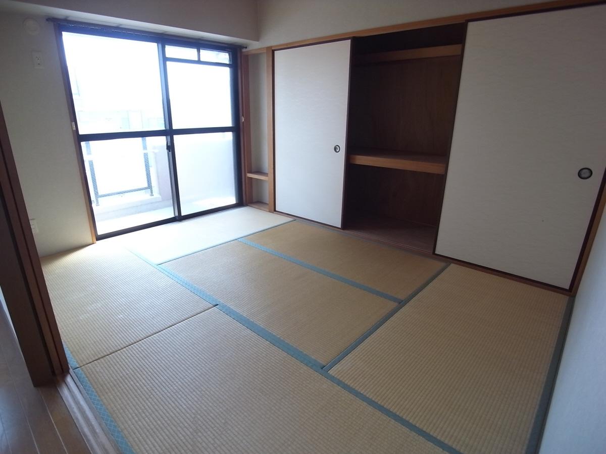 物件番号: 1025803116 エステムコート三宮東  神戸市中央区八雲通1丁目 3LDK マンション 画像4