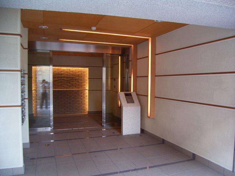 物件番号: 1025883549 サンビルダー北野異人館通  神戸市中央区北野町4丁目 1LDK マンション 画像1
