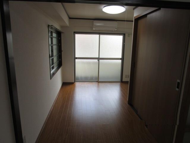 物件番号: 1025803729 KMコート  神戸市中央区下山手通8丁目 1LDK マンション 画像3