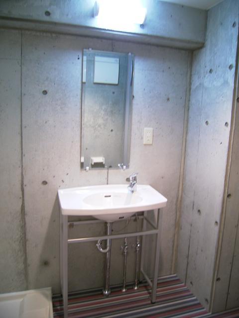 物件番号: 1025804568 チェメント  神戸市中央区御幸通2丁目 1K マンション 画像2