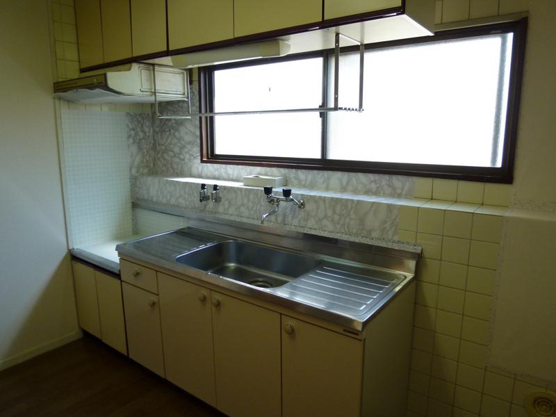 物件番号: 1025805753 下山手コーポ  神戸市中央区北長狭通5丁目 3LDK マンション 画像3