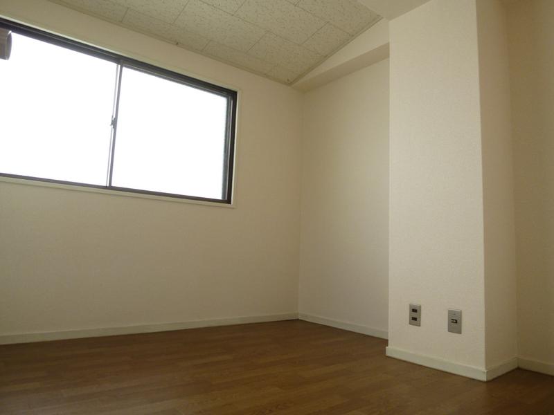 物件番号: 1025805753 下山手コーポ  神戸市中央区北長狭通5丁目 3LDK マンション 画像6
