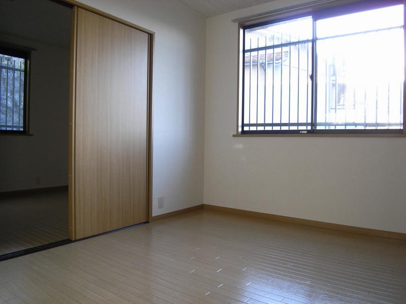 物件番号: 1025805842 中山手ガーデンパレスC棟  神戸市中央区中山手通7丁目 2K ハイツ 画像1