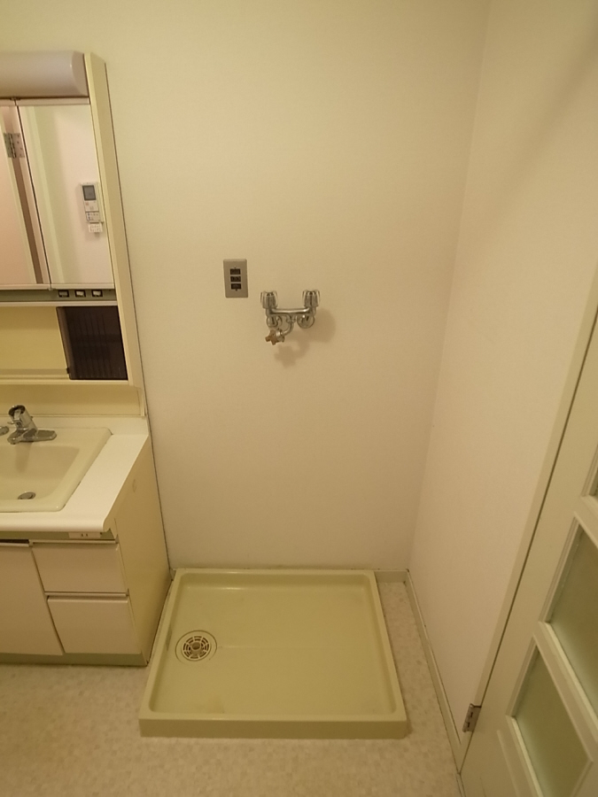物件番号: 1025806812 北野タウンハウス  神戸市中央区山本通3丁目 3LDK マンション 画像6