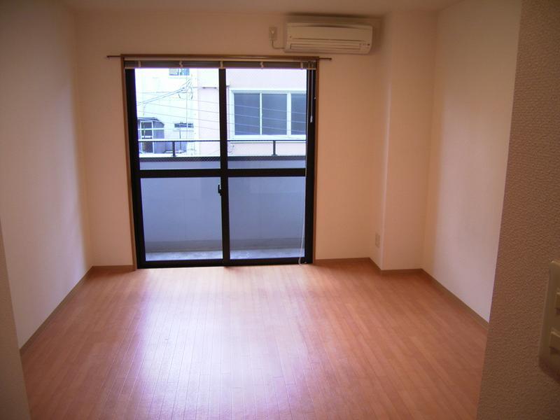 物件番号: 1025809609 グランダーブル  神戸市中央区相生町4丁目 1K マンション 画像1