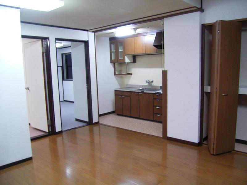物件番号: 1025831206 ニュー神戸マンション  神戸市中央区山本通4丁目 2LDK マンション 画像1