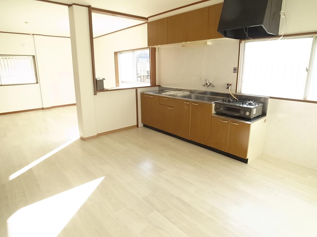 物件番号: 1025812958 エクセル神戸  神戸市中央区熊内町8丁目 3LDK マンション 画像2