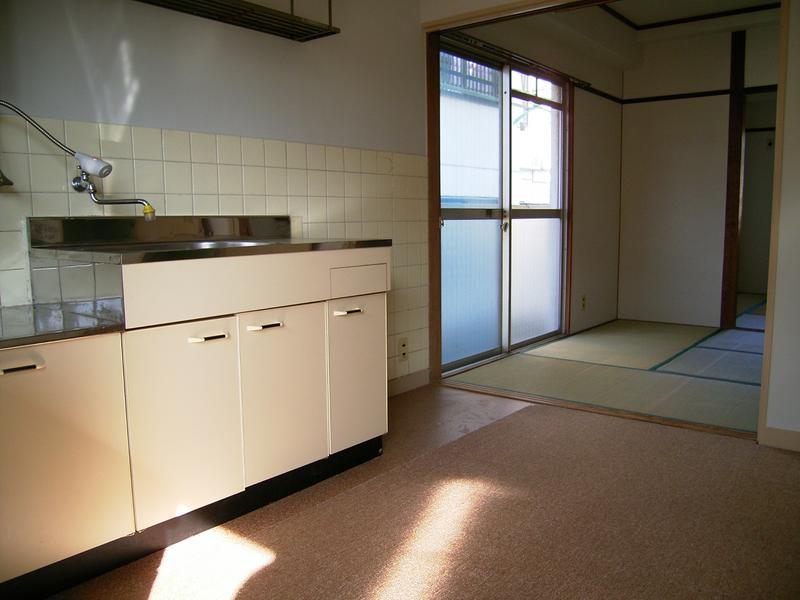 物件番号: 1025815393 雲中マンション  神戸市中央区熊内町2丁目 2DK マンション 画像1