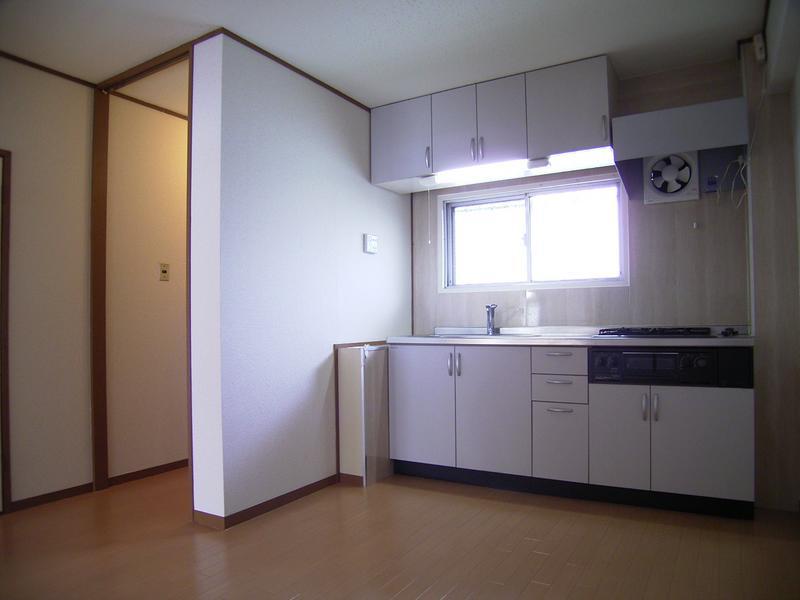 物件番号: 1025822666 山手ビルマンション  神戸市中央区中山手通2丁目 2LDK マンション 画像1