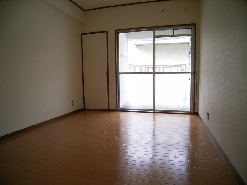 物件番号: 1025822666 山手ビルマンション  神戸市中央区中山手通2丁目 2LDK マンション 画像2