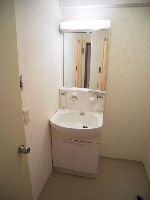 物件番号: 1025822666 山手ビルマンション  神戸市中央区中山手通2丁目 2LDK マンション 画像4