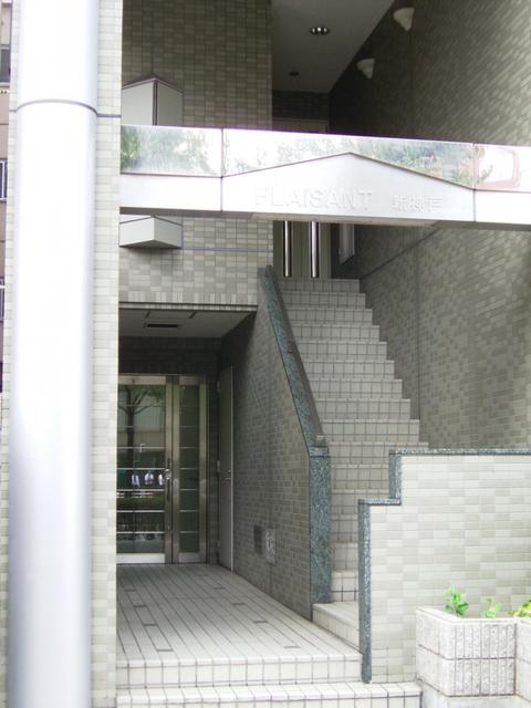 物件番号: 1025815979 PLAISANT新神戸  神戸市中央区二宮町4丁目 1LDK マンション 画像2