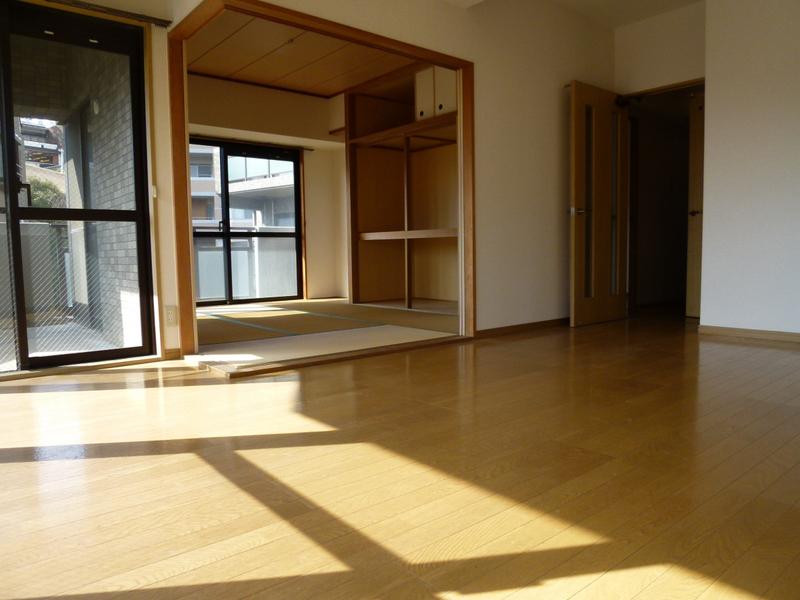 物件番号: 1025818108 サンビルダー北野弐番館  神戸市中央区加納町2丁目 3LDK マンション 画像16