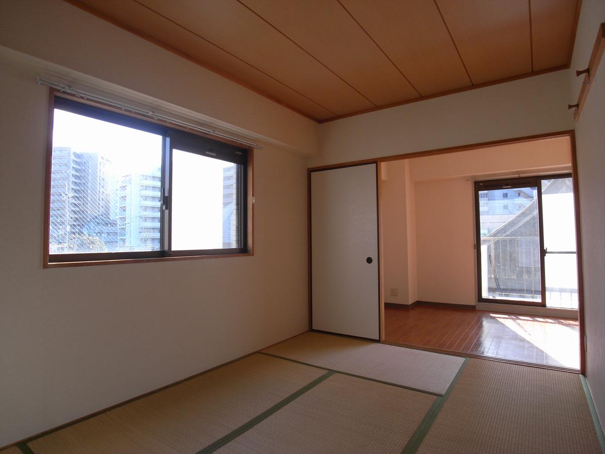 物件番号: 1025819545 フロール中山手  神戸市中央区中山手通7丁目 2LDK マンション 画像5
