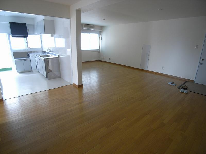 物件番号: 1025819702 第2スカイマンション  神戸市中央区北野町4丁目 2LDK マンション 画像3