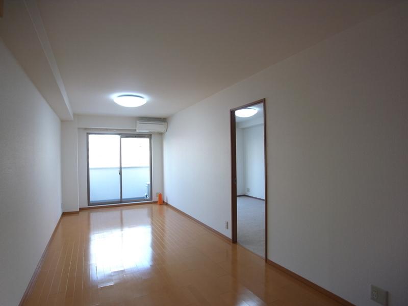 物件番号: 1025820062 ヴィラ神戸7  神戸市中央区加納町3丁目 1LDK マンション 画像2