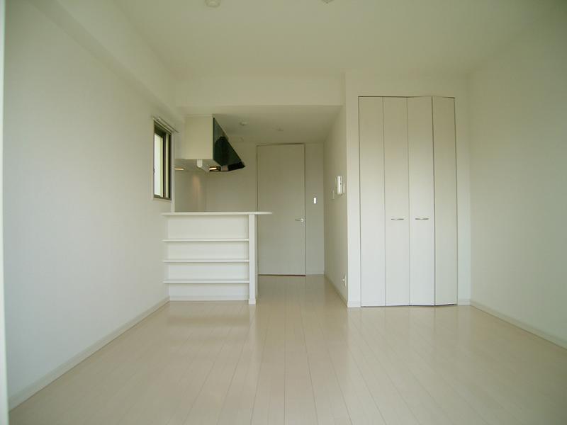 物件番号: 1025820297 メゾンアイリス  神戸市中央区下山手通6丁目 1R マンション 画像1