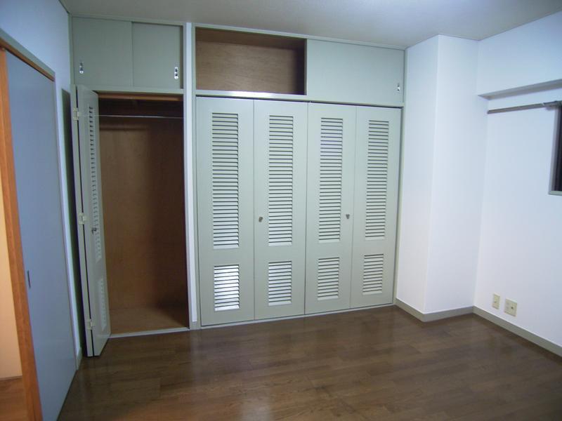 物件番号: 1025821913 三宮UEハウス  神戸市中央区下山手通3丁目 1LDK マンション 画像1