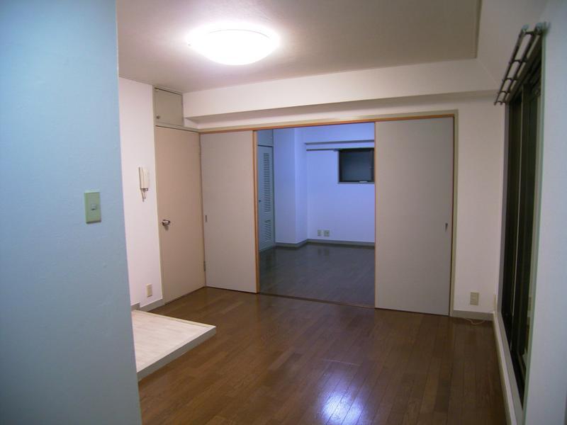 物件番号: 1025821913 三宮UEハウス  神戸市中央区下山手通3丁目 1LDK マンション 画像4