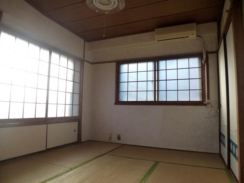 物件番号: 1025823737 岡本マンション  神戸市中央区宮本通1丁目 1DK マンション 画像1