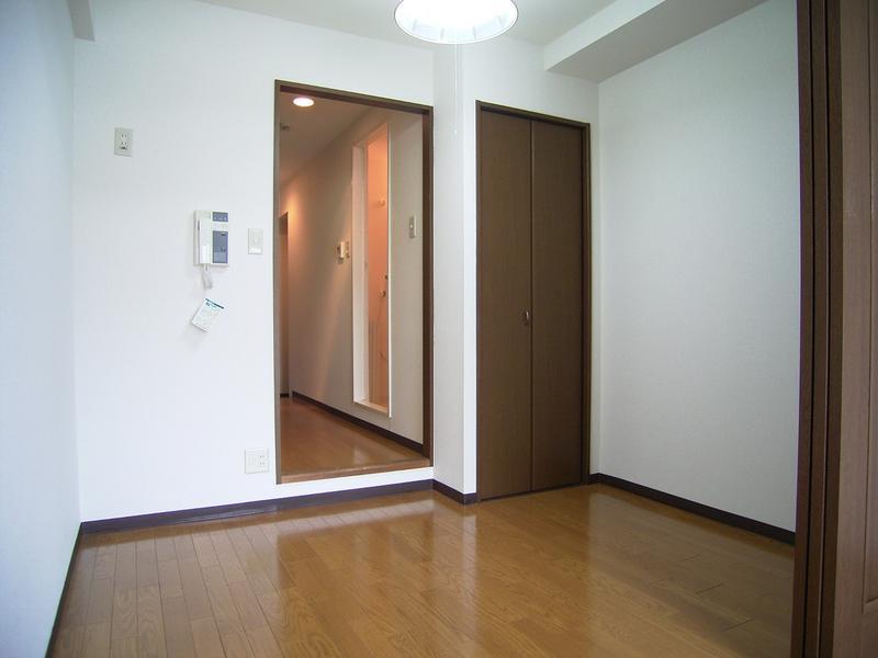 物件番号: 1025866850  神戸市中央区下山手通4丁目 1DK マンション 画像3