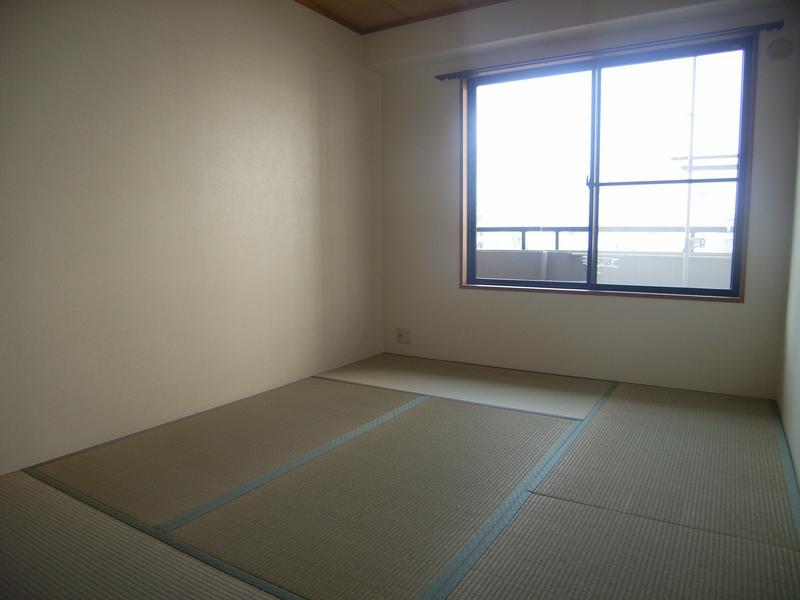 物件番号: 1025844184 ウエストコート1番館  神戸市兵庫区塚本通8丁目 2LDK マンション 画像3